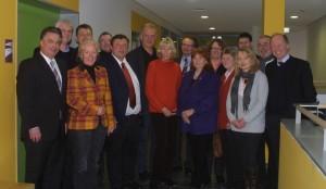 Die Mitglieder des Arbeitskreises Kultus der CDU und FDP-Landtagsfraktionen zusammen mit den Förderschulleitern aus Osnabrück; Foto: OSZ